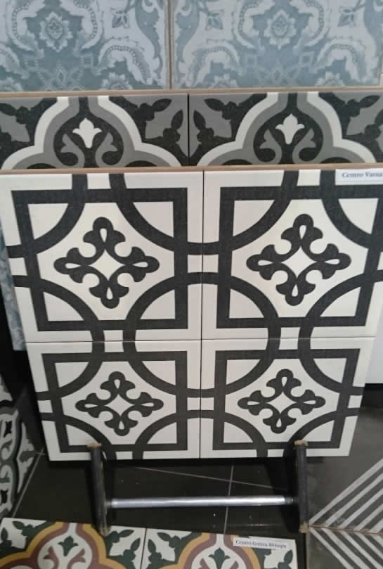 Moroccan and Talavera ceramic tiles 9x9
